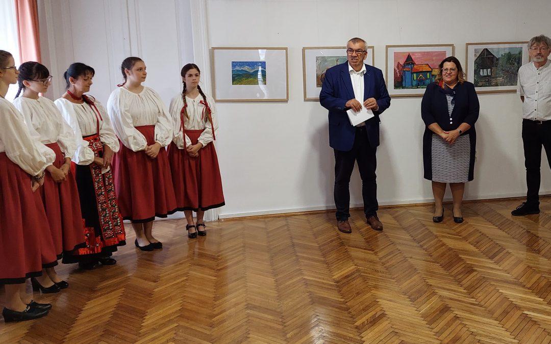 Debreceni fiatalok Kós Károly nyomában címmel nyílt kiállítás galériánkban