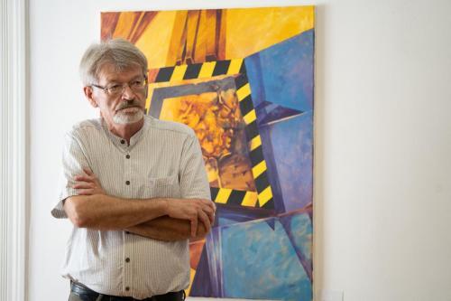 Toró József festőművész képeiből nyílt tárlat a debreceni Partium Házban